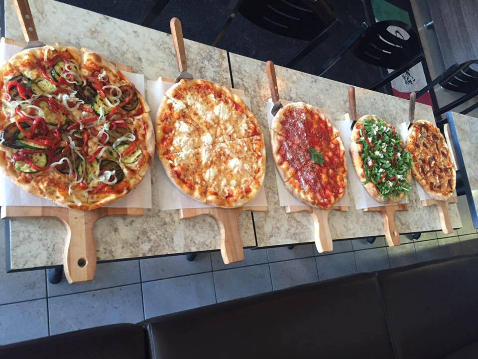 cuginis pizza beaconsfield montreal